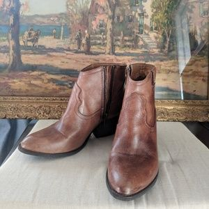 Steve Madden ankle boots booties cognac leather